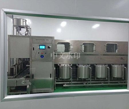 QGF-600型桶装水灌装机