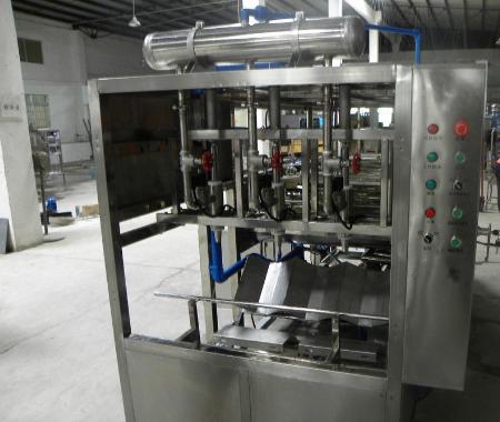 450桶时全自动桶装水生产线