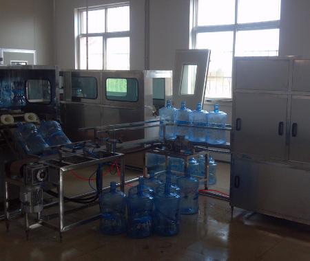 小型桶装水生产线制造